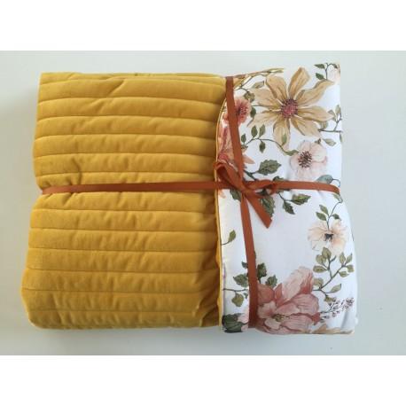 SAMIBOO - zweiseitige gesteppte Decke / Spieldecke / Tagesdecke 75x100cm - VINTAGE BLOOM/HONIG